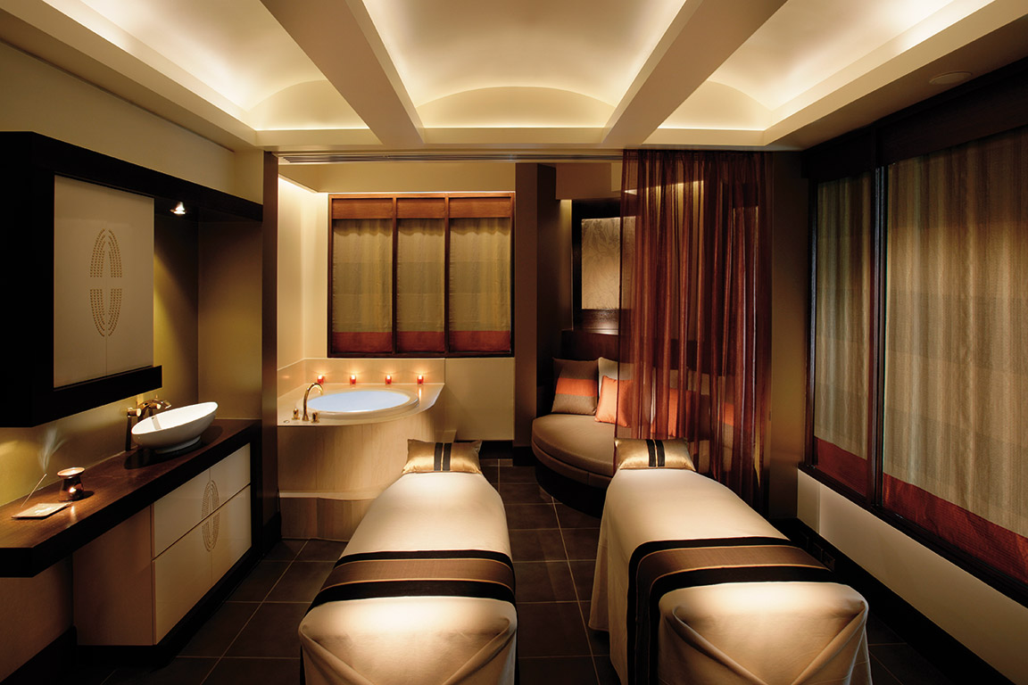 Luxury Couples Suite at the Chuan Spa, Langham Hotel, Melbourne, Australia