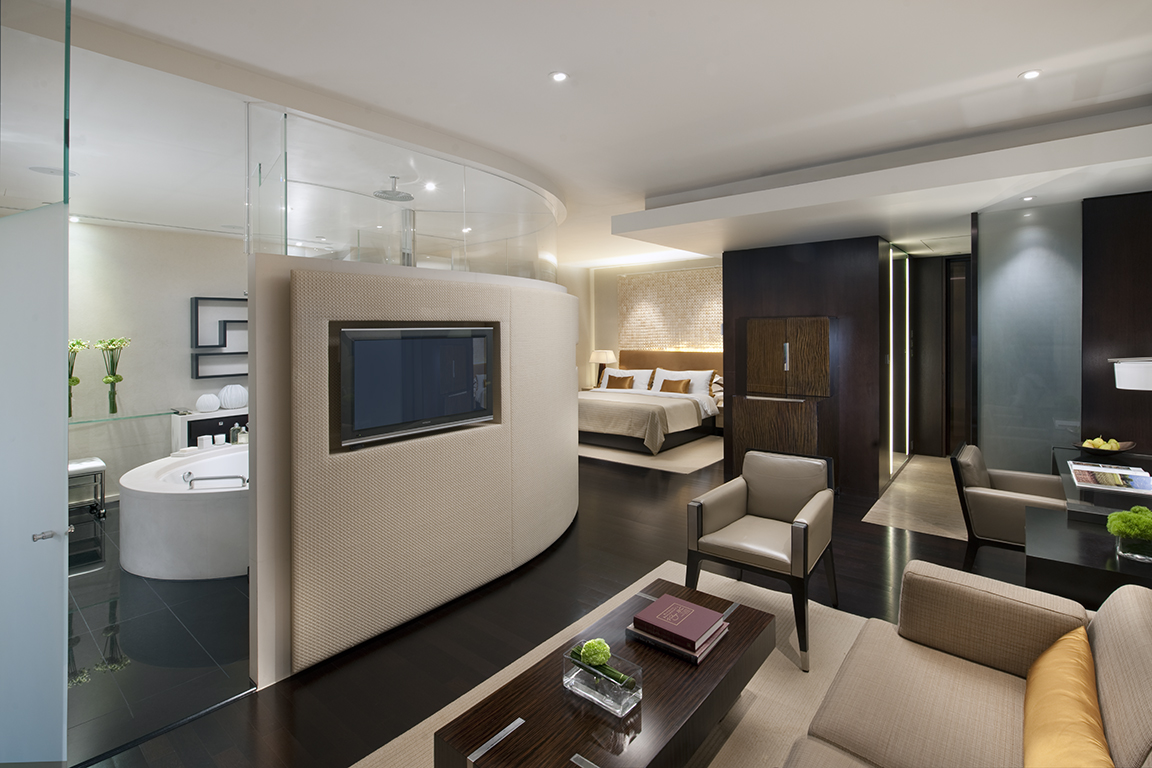 L600 Deluxe, The Landmark Mandarin Oriental Hong Kong