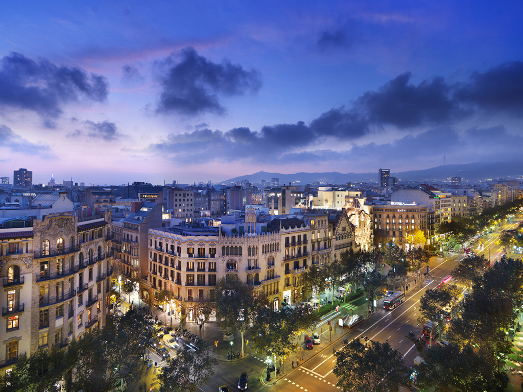 Evening light, Passeig de Gracia Barcelona