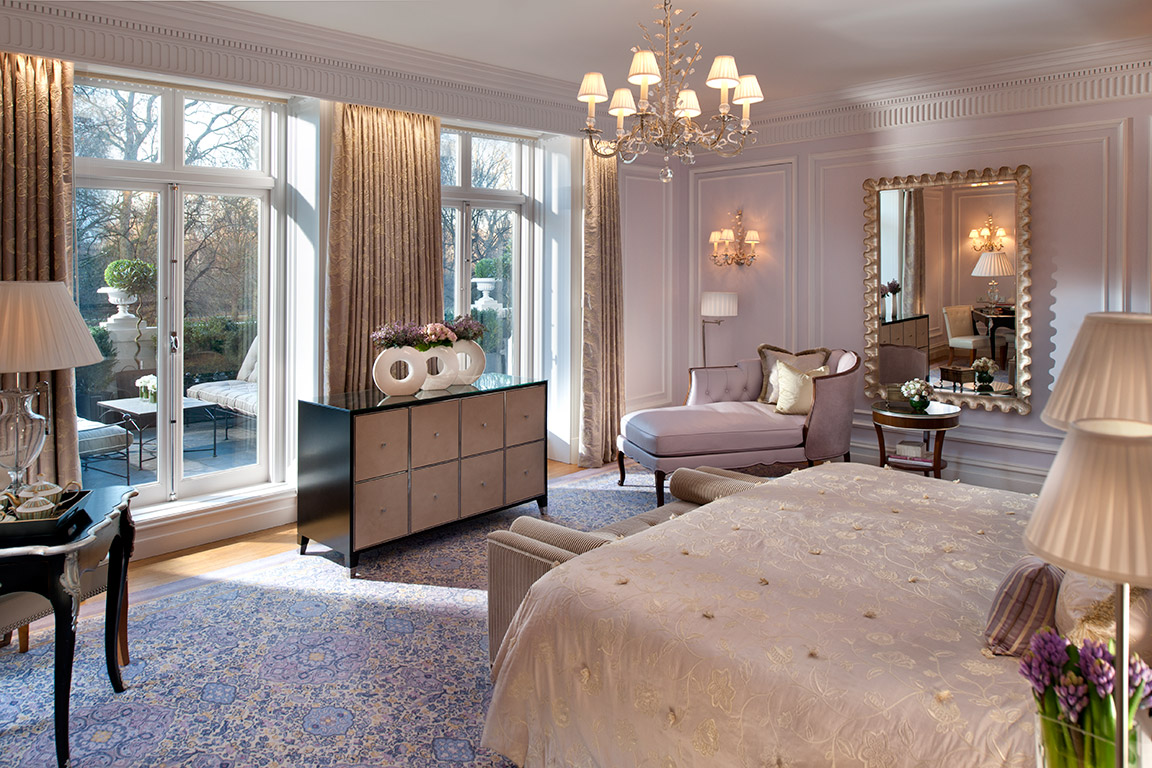 Afternoon light, Royal Suite Bedroom, Mandarin Oriental Hyde Park London